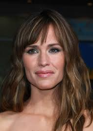 capital one commercial actress musical chairs jennifer garner capital one venture card commercial musical chairs