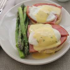 cuisine hollandaise emeril s egg benedict with country ham poached eggs and fresh herb
