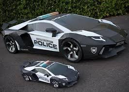 who made the lamborghini aventador size lamborghini aventador made from paper hiconsumption