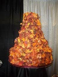 wedding cakes wi wedding cakes covered in fall leaves cake guru oshkosh wi