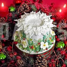 old english christmas cake decorating with royal icing