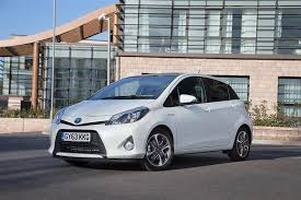 2012 toyota yaris reviews toyota yaris hybrid 2012 2014 used car review car review