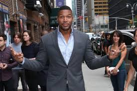 michael strahan new haircut michael strahan departs late show with david letterman 9 9