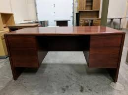 Kimball Reception Desk Kimball Mahogany Laminate Desk With Drawers Madison Liquidators