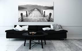 dessus de canape quel cadre déco au dessus d un canapé noir toile design et