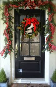 Outdoor Christmas Wreaths by 174 Best Christmas Wreaths Swags U0026 Garlands Images On Pinterest