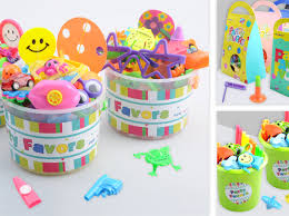 Favor Toys by Benton Toys And Gifts Co Ltd Favors Finger Clapper