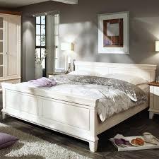 schlafzimmer set weiss schlafzimmer set galini in weiß im landhausstil wohnen de