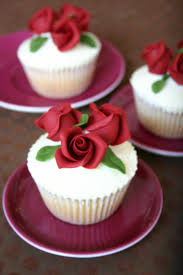 59 best cakes red roses images on pinterest marriage biscuits