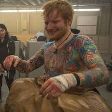 ed sheeran gingerbread man tattoo ed sheeran that smile swoon eye candy pinterest bae jared