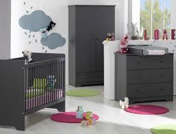 meuble chambre bébé comment choisir les meubles pour la chambre d un bébé bricobistro