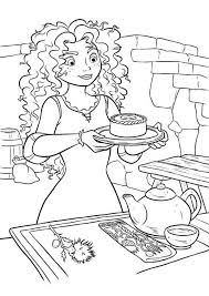 Brave Merida Serving Tea In Disney Brave Coloring Page идеи для Disney Brave Coloring Pages