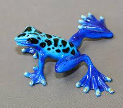 bronze frog sculpture amphibian metal art figurine statue