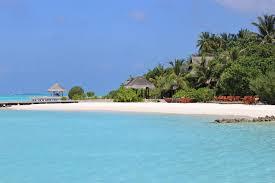 real maldives in taj exotica eat dress travel
