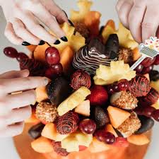 edible food arrangements it s the time of year to order from edible arrangements