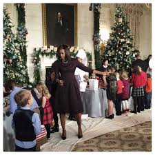 see the white house christmas decorations shot with an iphone 6