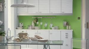 deco cuisine couleur decoration cuisine en peinture idées de design maison et idées de