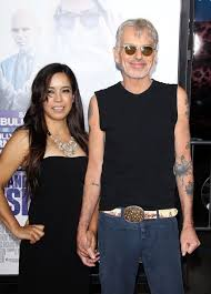 angelina jolie u0027s ex husband billy bob thornton looks completely