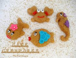 mini sand cake sea creatures fun family crafts