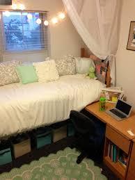 Dorm Room Decorating Ideas Diy University Of Oregon Dorm Tour Best College Rooms Dormify Colleges