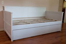 White Daybed With Pop Up Trundle White Wood Daybed With Pop Up Trundle Bedroom Metal Frame Best