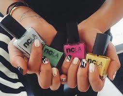 drop your nail salon and check out dripped houstonia