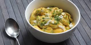 cuisiner une courge butternut tortellinis au fromage et épinards sauce à la courge butternut