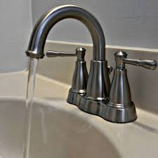 Danze Kitchen Faucet Parts by Shop Danze Melrose Chrome 1 Handle Pull Down Kitchen Faucet At