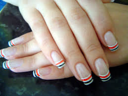 16 simple french tip nail designs coating on the nail tips and