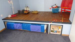 chambre estrade estrade chambre lit chaios com avec estrade en bois pour lit idees
