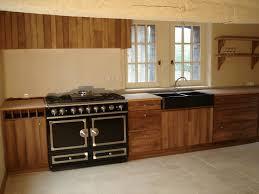 cuisine en chene massif cuisine chene massif simple relooker cuisine chene on decoration d