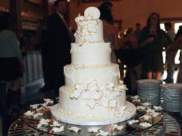 Fall Cake Decorations 7 Glamorous Ways To Decorate Your Fall Wedding With Pumpkins