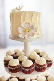 wedding cake jakarta harga small simple wedding cakes wedding dress