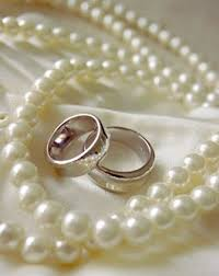 wedding accessories the right accessories will enhance your wedding dress damn girl
