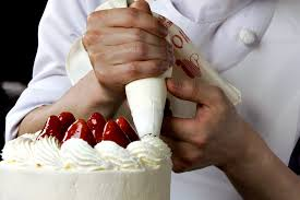 wedding cake decorating classes london 9 cake decorating classes in nyc that bakers will love