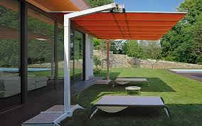 Patio Umbrella Table And Chairs Furniture Charming Cantilever Patio Umbrella For Patio Furniture