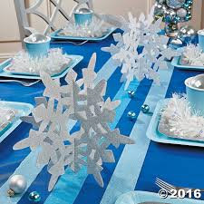 the 25 best snowflake centerpieces ideas on pinterest winter