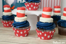 dr seuss cupcakes dr seuss snack cat in the hat cupcakes shesaved