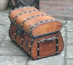 vintage luggage lovetoknow