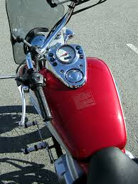 honda shadow 125 file honda vt125c shadow jc29 gas tank jpg wikimedia commons