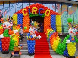 circus balloons google search circus balloon decor pinterest