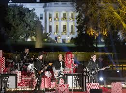 national tree lighting ceremony barack obama michelle sasha and malia attend national christmas