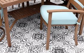 How To Paint Outdoor Concrete Patio Diy Stenciled Concrete Rug