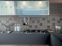 cuisine faience cuisine en faience amazing ides pour la deco cuisine retro with
