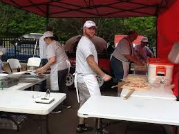 cuisine mobile occasion a mobile wood fired pizzeria for every occasion