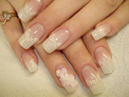 wedding nails beautify themselves with sweet nails