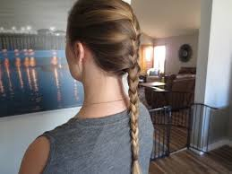 how to i french plait my own side hair the easiest way to french braid your own hair youtube