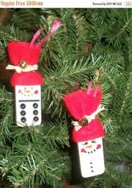ornaments i some dominos even some of these sts