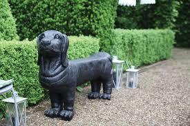 statues de jardin en pierre banc de jardin teckel en pierre