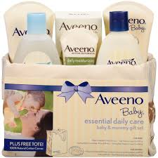 amazon com aveeno active naturals skin relief body wash aveeno baby mommy me gift set baby skin care products